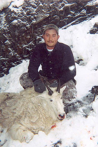 photo_171_goat-guided-hunting-trips-in-british-columbia