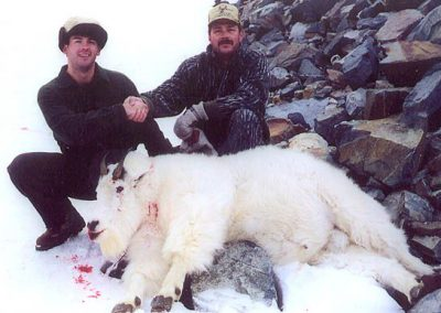 photo_181_goat-guided-hunting-trips-in-british-columbia