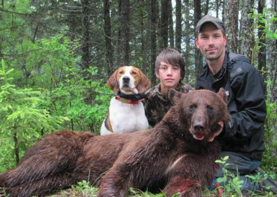 photo_2013_05_black-bear-guided-hunting-trips-in-british-columbia