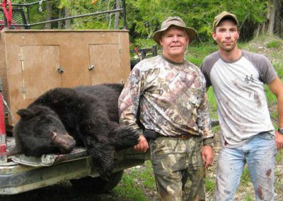 photo_310_black-bear-guided-hunting-trips-in-british-columbia
