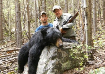 photo_405_black-bear-guided-hunting-trips-in-british-columbia